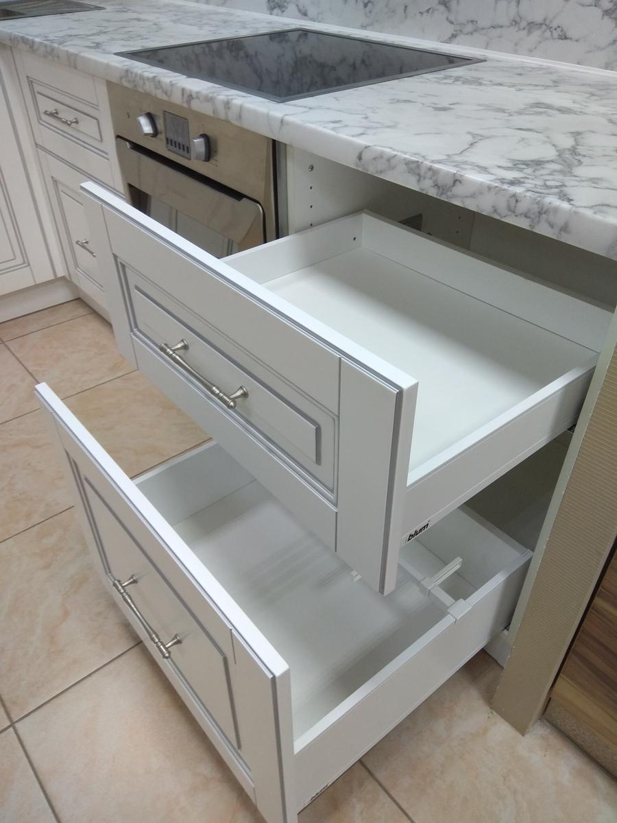 Кухонный гарнитур «Валерия»
