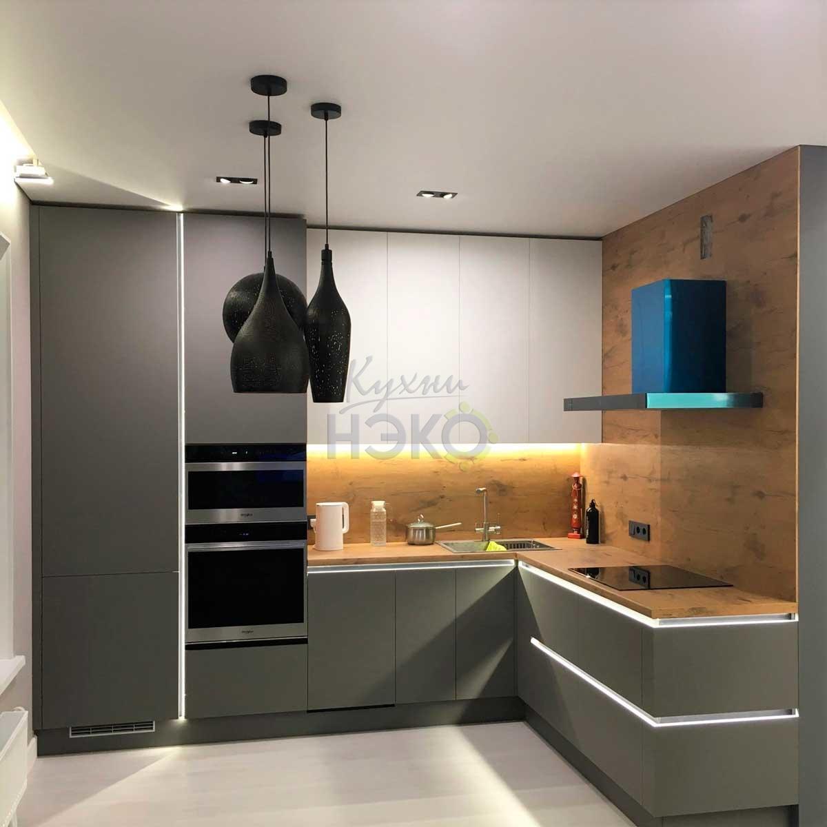 Кухня на заказ в стиле минимализм