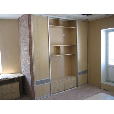 Шкаф-купе 2-дверный с местом под ТВ
